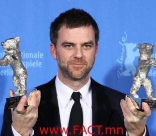 US filmmaker Paul Thomas Anderson poses