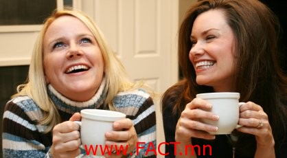 2-women-drinking-coffee