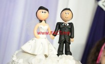 1467156943_wedding-cake-toppers-115556_640